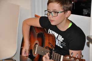guitar lessons in airdrie ab